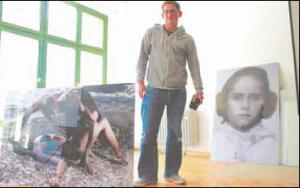 Maik Scharfscheer in seinem Atelier in Wetzlar-Garbenheim. Foto: Gerstberger